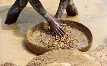 European Union takes over role to combat conflict diamonds